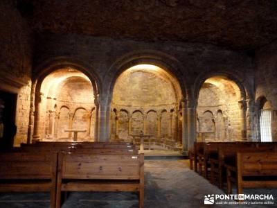 Viaje Semana Santa - Mallos Riglos - Jaca; excursiones; viajes semana santa;mochilas de trekking